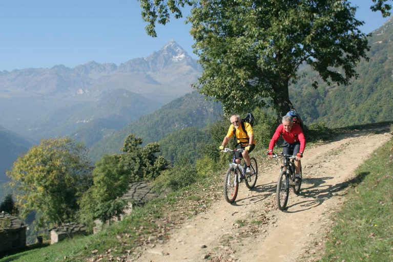 Tour in Mountain Bike <br>in Valle Po